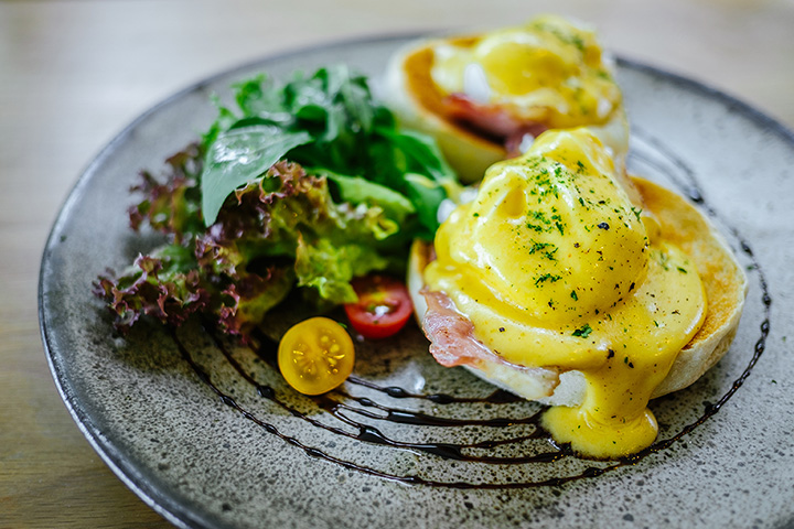 The 10 Best Brunch Spots in Alaska!