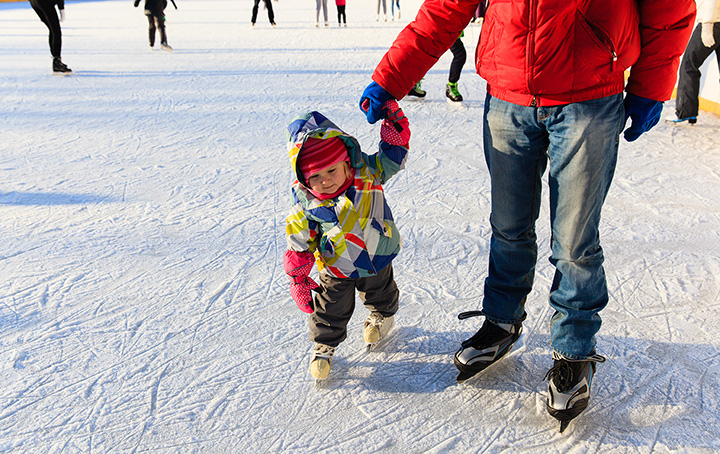 10 Best Ice Skating Rinks in Alaska!