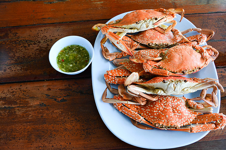 The 10 Best Places for Crab in Alabama!