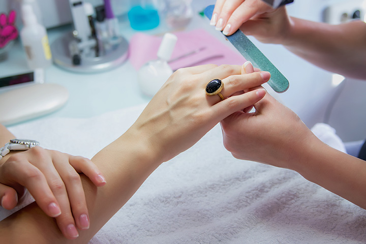 The 10 Best Nail Salons in Arkansas!