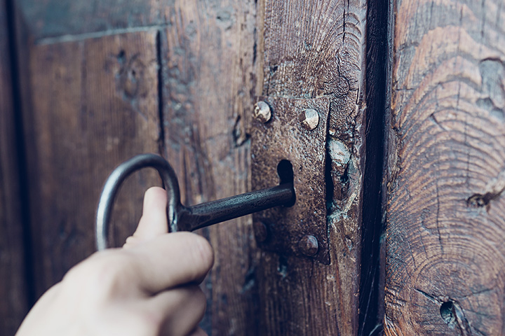 The 10 Best Escape Rooms in Arizona!