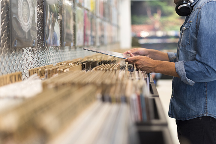 The 10 Best Record Stores in Arizona!