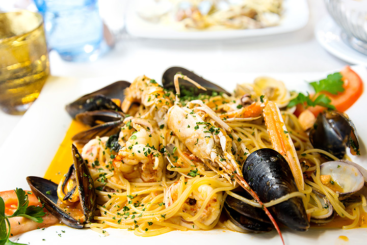 The 10 Best Seafood Restaurants in Colorado!