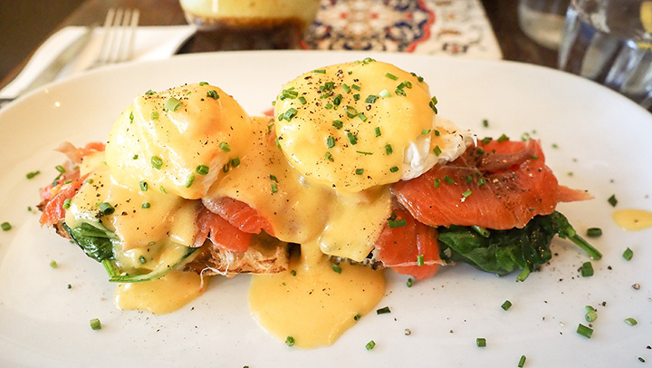 The 10 Best Brunch Spots in Connecticut!