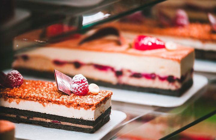 The 10 Best Cake Shops in Connecticut!