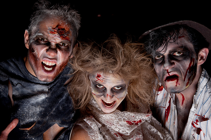The 10 Best Haunted Attractions in Connecticut!