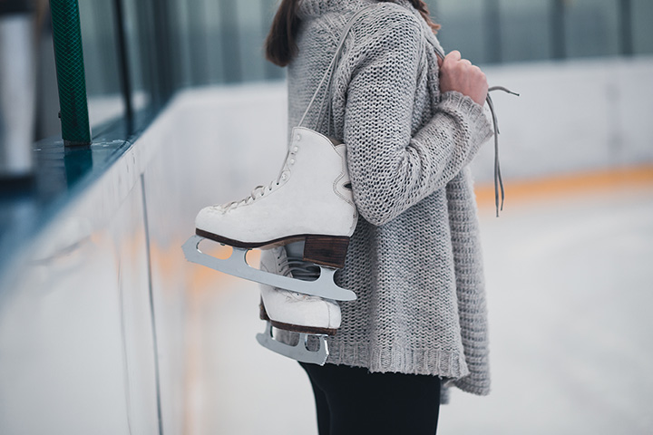 10 Best Ice Skating Rinks in Connecticut!