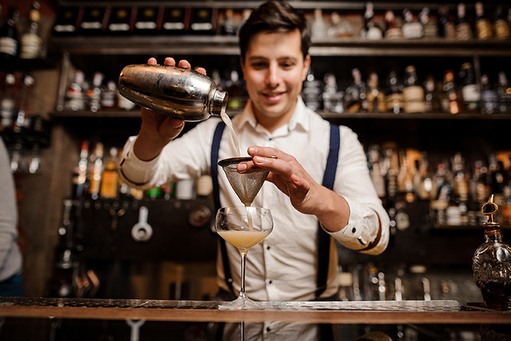 The 7 Best Speakeasies in Connecticut!