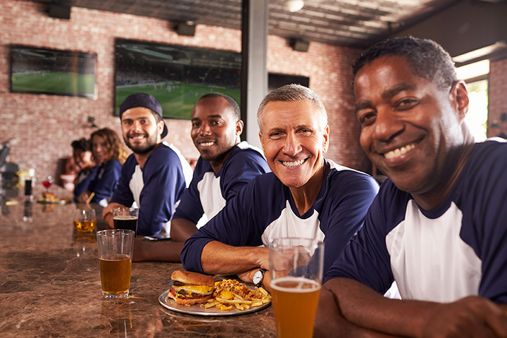 The 10 Best Sports Bars in Florida!