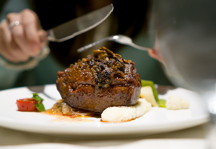 The 10 Best Steakhouses in Georgia!