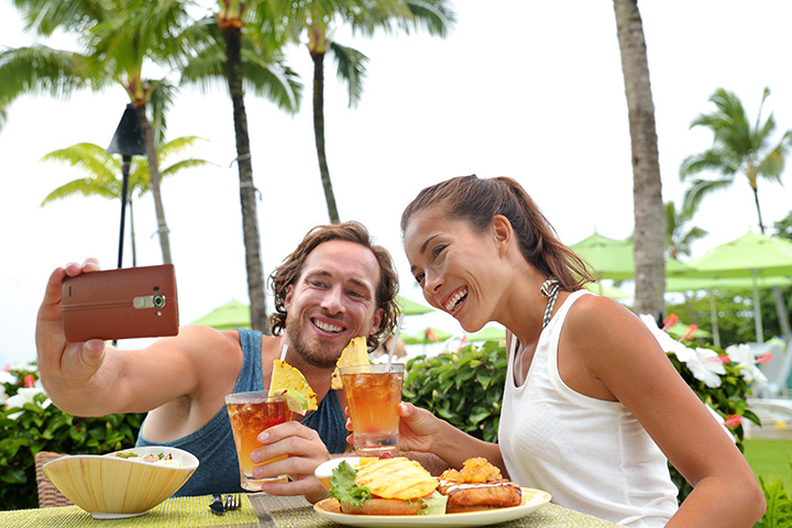 The 15 Best Restaurants in Hawaii!