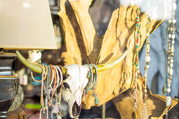 The 10 Best Antique Stores in Iowa!