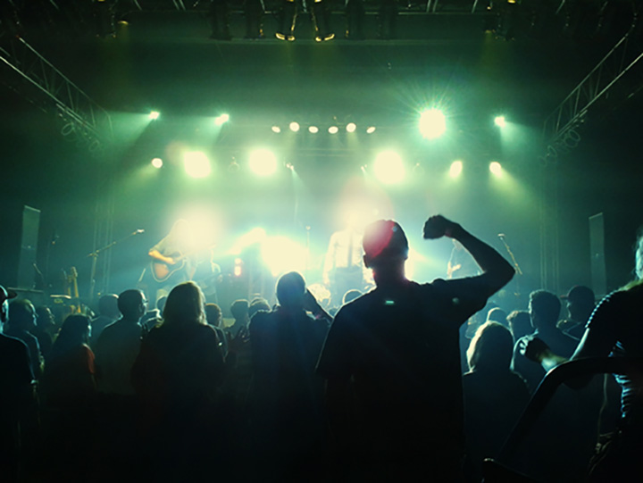 The 10 Best Live Music Venues in Iowa!