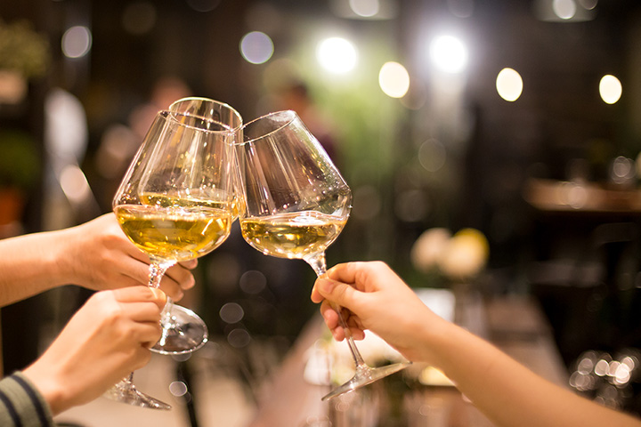 The 10 Best Wine Bars in Iowa!