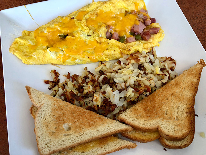 The 10 Best Omelets in Idaho!