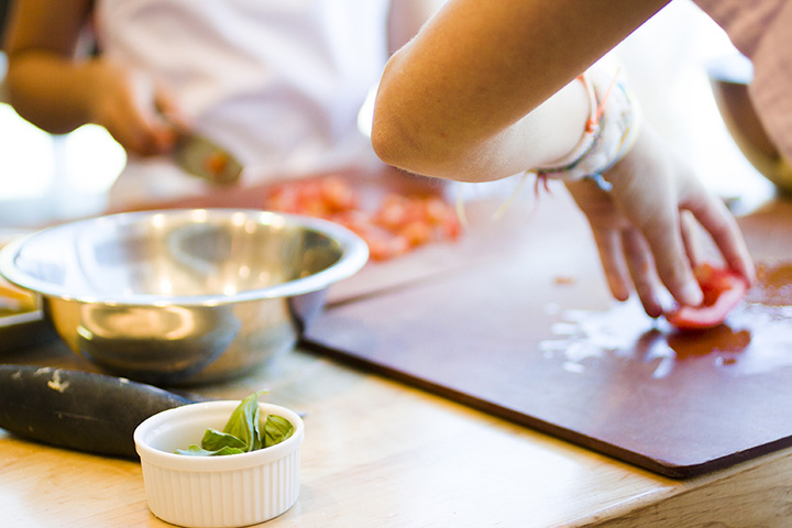 The 10 Best Cooking Classes in Illinois!