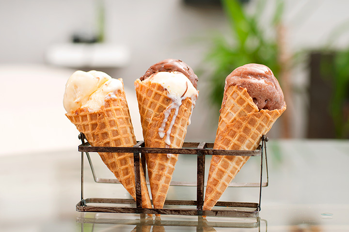 The 9 Best Ice Cream Parlors in Kansas!