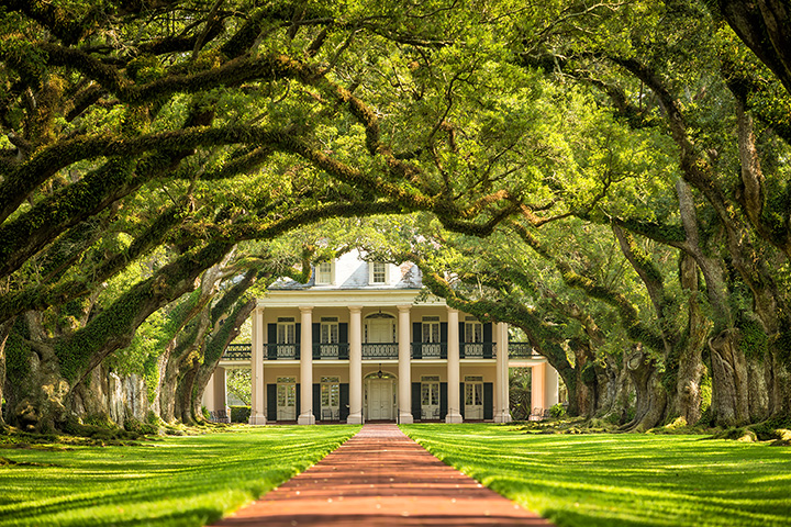 15 of the Best (and Most Offbeat) Attractions in Louisiana!