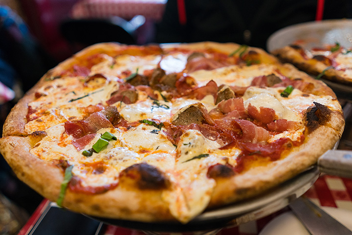 Best Pizza in Louisiana: Our 10 Favorites!
