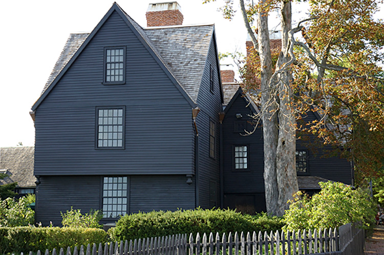 The 10 Best Things to Do in Salem, Massachusetts!
