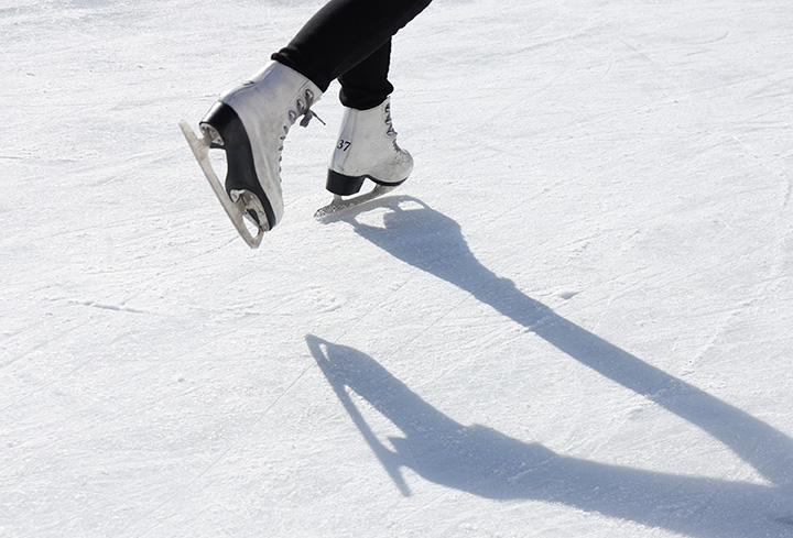The 10 Best Ice Staking Rinks in Maine!