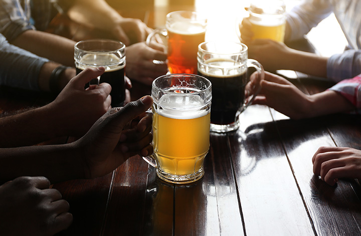 The 10 Best Pubs in Maine!