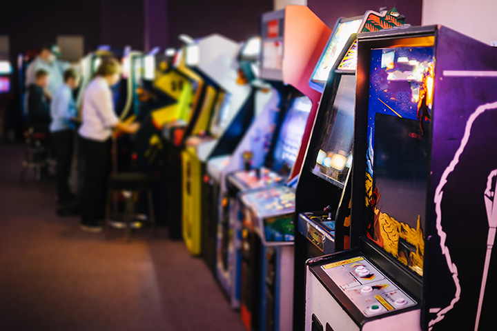 The 10 Best Arcades in Michigan!
