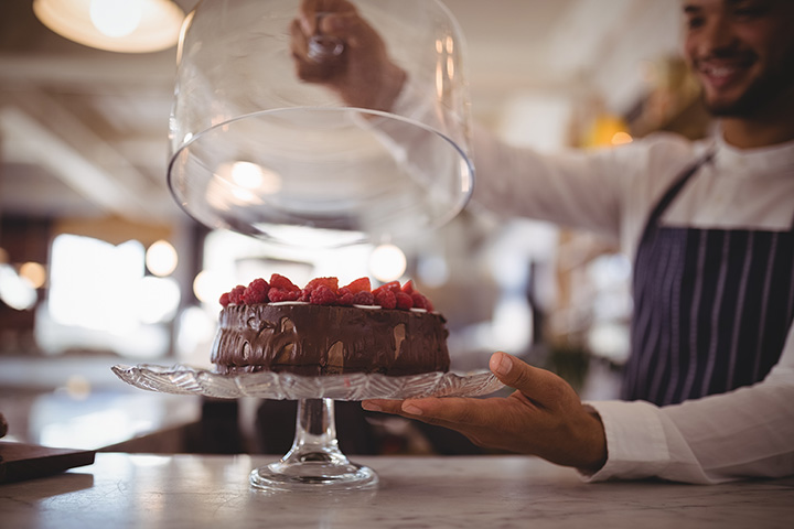 The 10 Best Cake Shops in Michigan!