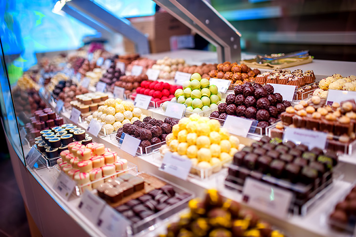 The 9 Best Candy Shops in Michigan!