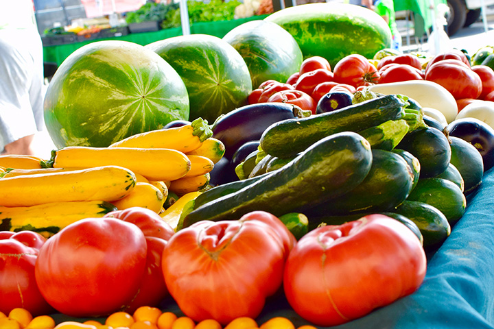The 9 Best Farmers Markets in Michigan!