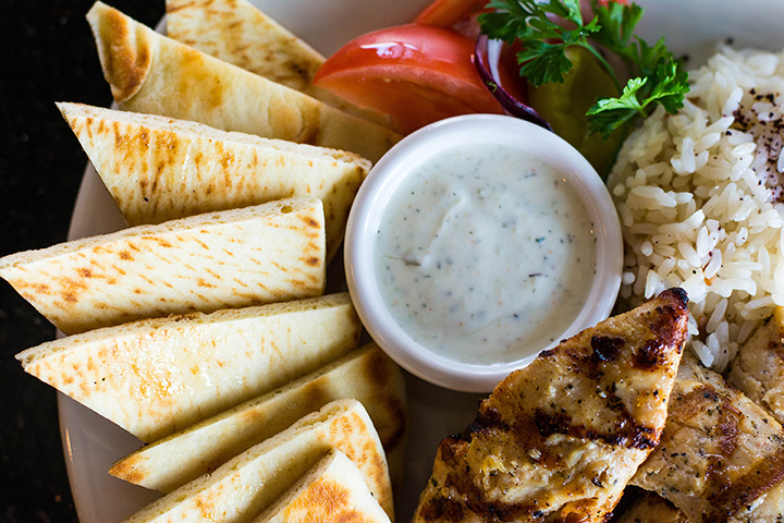 9 Best Greek Restaurants in Michigan