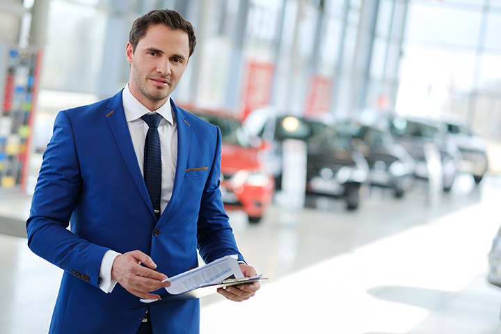 The 10 Best Luxury Car Dealerships in Michigan!
