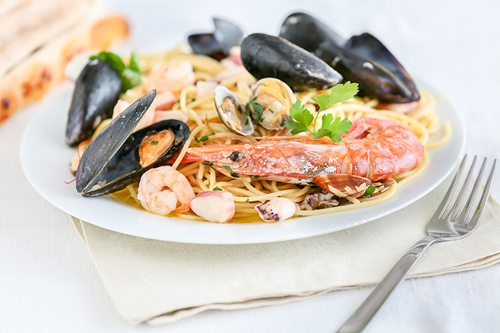 The 10 Best Seafood Restaurants in Michigan!