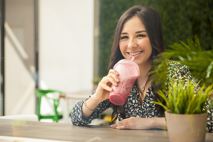 The 10 Best Spots for Smoothies in Michigan!