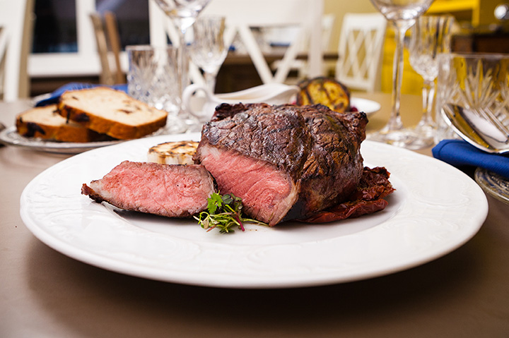 The 10 Best Steakhouse in Michigan!