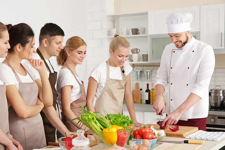 The 10 Best Cooking Classes In Minnesota