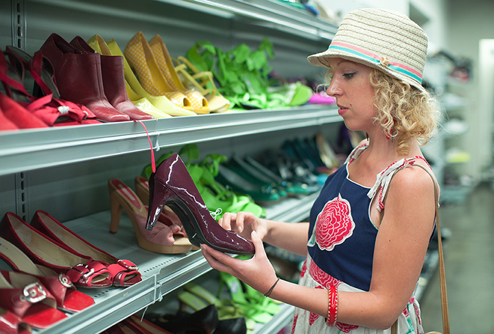 The 8 Best Thrift Shops in Missouri!