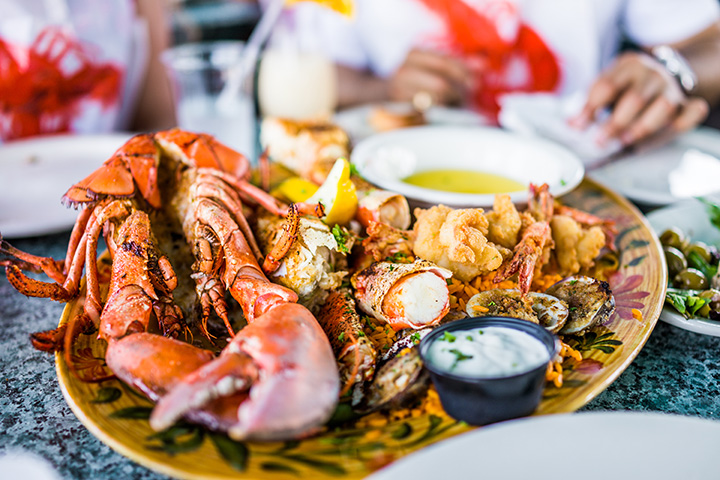 The 10 Best Seafood Restaurants in North Carolina!
