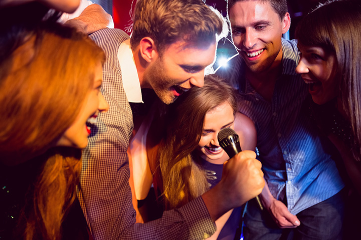 The 10 Best Karaoke Bars in Nebraska!