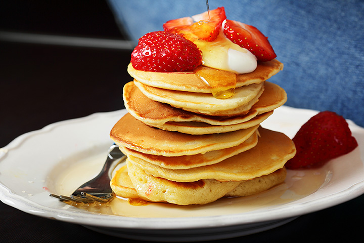 The 10 Best Places for Pancakes in New Hampshire!