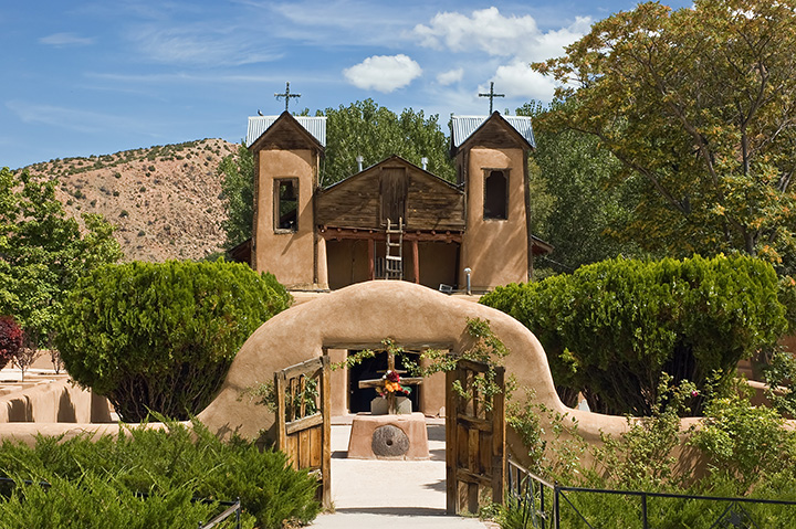 15 of the Best (and Most Offbeat) Attractions in New Mexico!