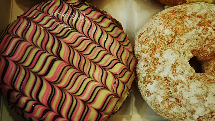 The 9 Best Doughnut Shops in Nevada!