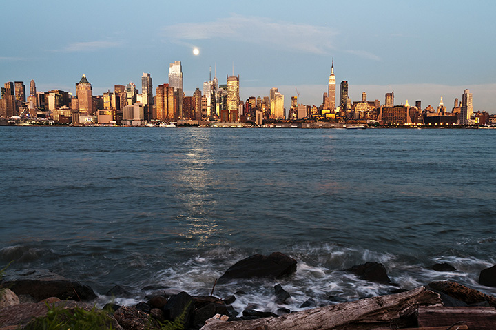 10 Best Myths and Urban Legends In New York