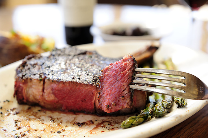 The 10 Best Steakhouses in South Carolina!