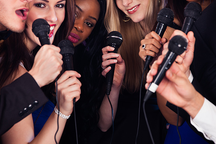 The 10 Best Karaoke Bars in South Dakota!