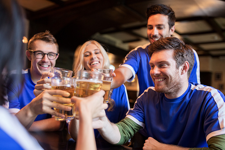 The 10 Best Sports Bars in South Dakota!