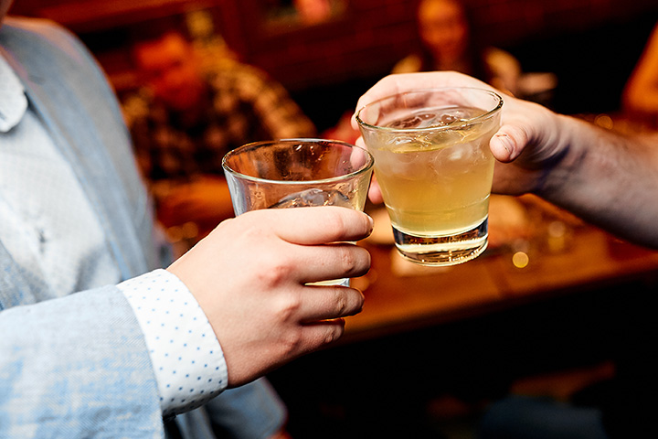 The 10 Best Bars in Tennessee!
