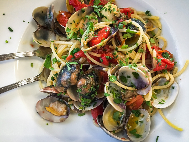 The 9 Best Seafood Restaurants in Utah!