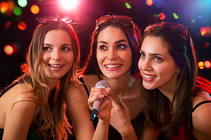 The 6 Best Karaoke Bars in Vermont!