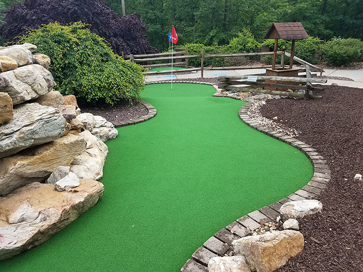 The 10 Best Mini Golf Courses in Vermont!